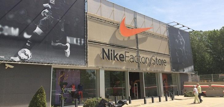 e1575264adc32 Nike